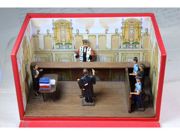 Diorama tribunal